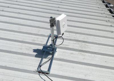 Installation d'un modem 4G sur le toit d'une entreprise de Trévoux 01600