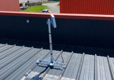 Antenne 4g pour une entreprise de Theizé 69620 pose sur un toit en tole