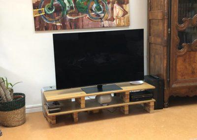 TV Oled dans un appartement de Lyon Croix Rousse 69001
